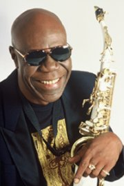 MANU DIBANGO & LE SOUL MAKOSSA GANG,  FEATURING CHEICK TIDIANE SECK SOLD OUT !