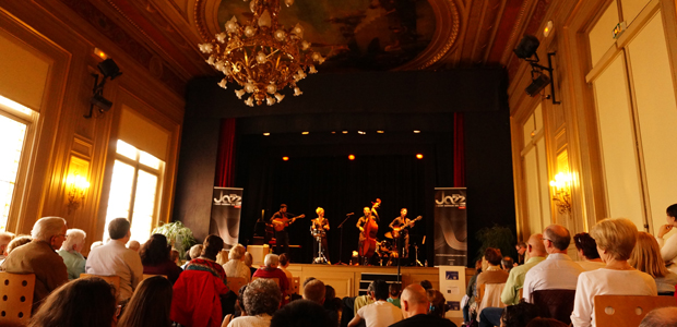 http://festivaljazzsaintgermainparis.com/wp-content/uploads/2014/01/jazzaufeminin-sli-festival.jpg